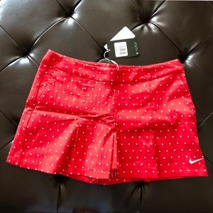 🚚 NWT NIKE Women's Golf/Tennis Short Skirt Red